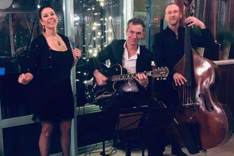 Trio Vocally Mellow (2)