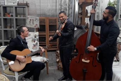 Gipsy-Swing-Trio-5