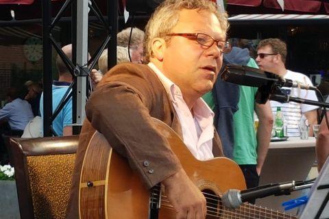 Italiaanse zanger Gianni (3)
