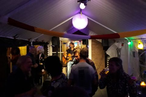 Levens-pop-troubadour (3)