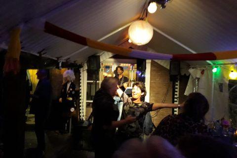 Levens-pop-troubadour (4)