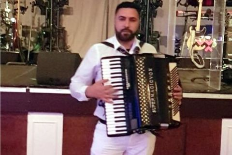 Mobiele accordeonist Florin (2)