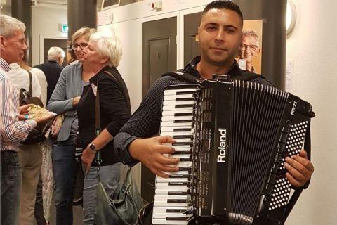 Mobiele accordeonist Florin (4)