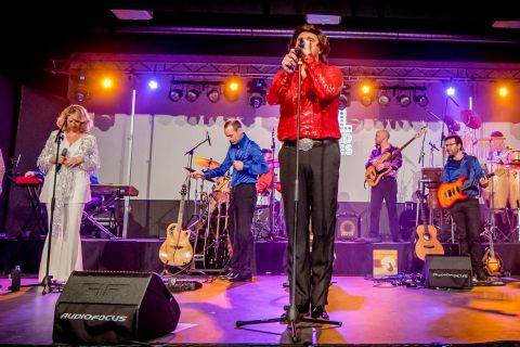Neil Diamond Tribute Band (1)