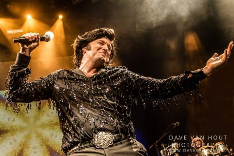 Neil Diamond Tribute Band (11)