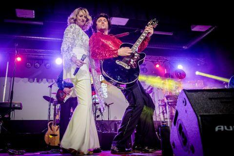 Neil Diamond Tribute Band (2)