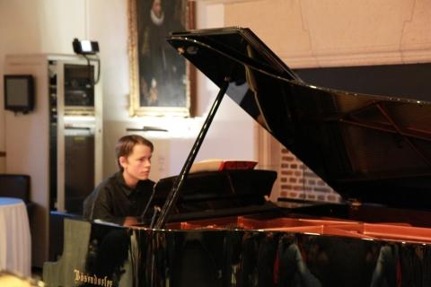 Pianist Dock