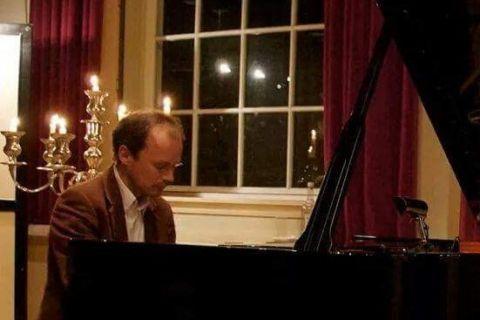 Pianist Klassieke Pianomuziek (2)