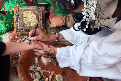 Waarzegster & Henna tattoo artieste (1)